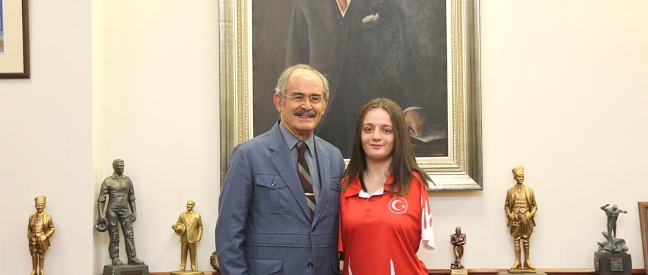 Sümeyye Boyacı Avrupa Şampiyonu