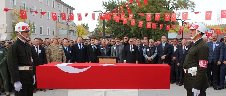 Kazada şehit olan Er Özyolci, toprağa verildi