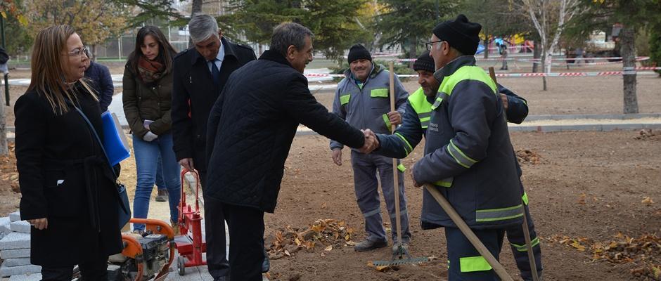 Ataç, Tombakzade Parkı'nda