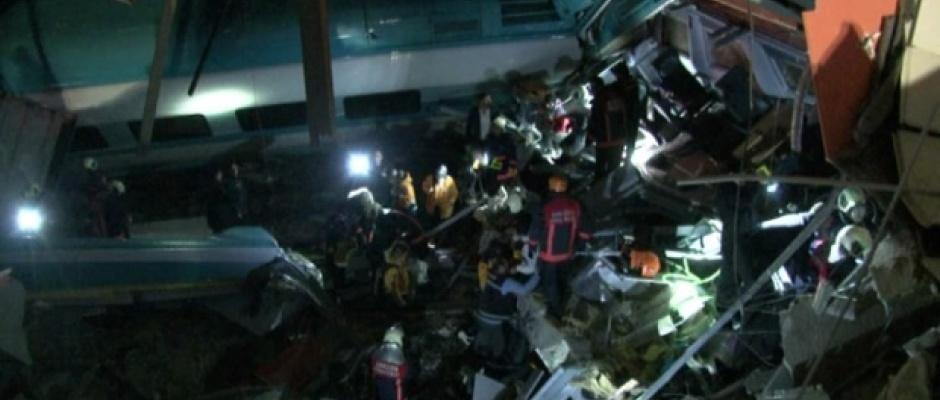 Tren kazasında ölü sayısı artıyor