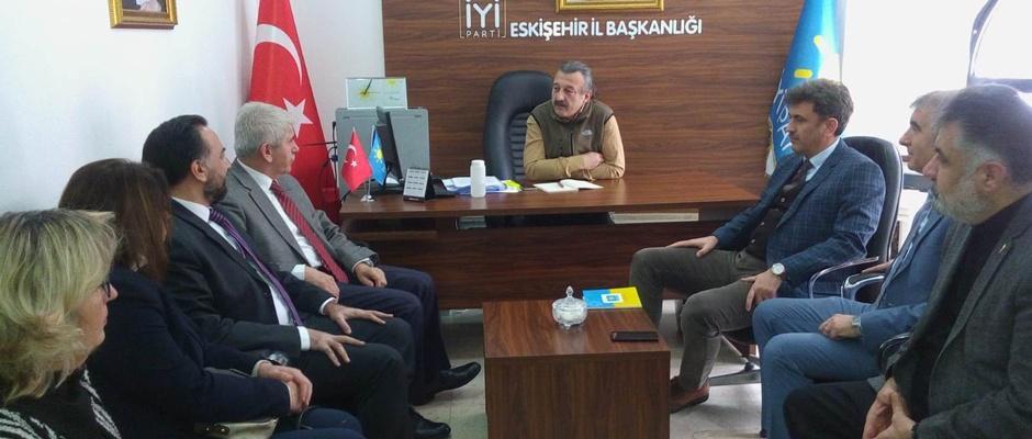 AK Parti İYİ Parti'yi ziyaret etti