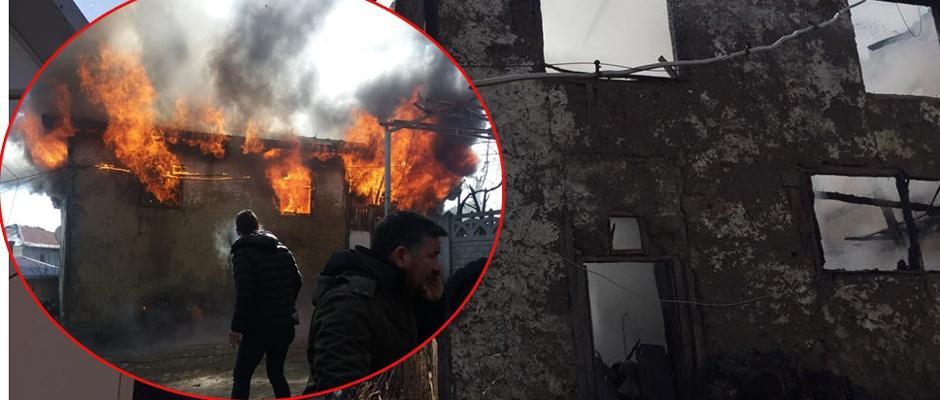 2 katlı ahşap ev alev alev yandı / Bilecik