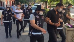 1,5 milyon TL vurgun yapan 5 şahıs yakalandı