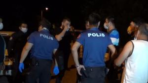 Düğünü sonlandırmaya giden polislere saldırı: 4 polis yaralı