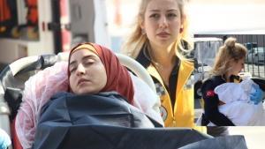 Yabancı uyruklu anne ve kız Porsuk Çayı'na düştü