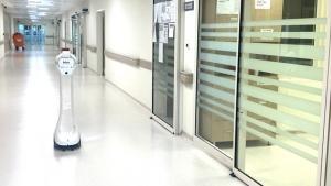 Koronalı hastalar bu robotla kontrol ediliyor