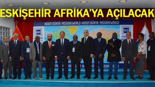 Afrikalı büyükelçi ve ataşeler ESO'yu ziyaret etti
