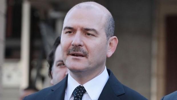 """Bakan Soylu duyurdu: """"İzmir'de 'Alabaylar Çetesi' çöketildi"""