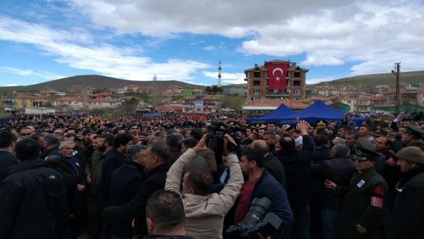 Kemal Kılıçdaroğlu güvenlik güçlerince bir eve alındı