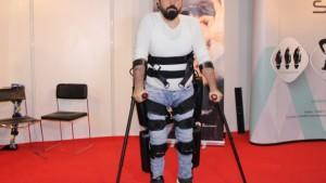 Engellilere özel giyilebilir robotik cihaz