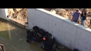 Kaçak göçmenleri taşıyan kamyon devrildi: 19 ölü