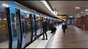 Korona salgınını umursamayan İsveç'te hayat olağan akışında