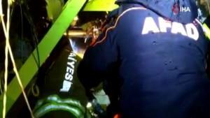 Uçak enkazında yaralıları kurtarma çabası kamerada